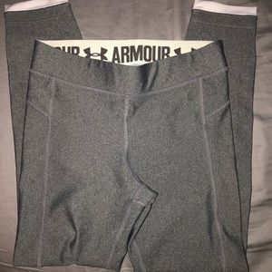 UNDERARMOUR women's size small tights
